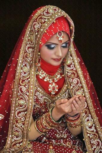 contoh model desain baju dan busana pengantin wanita muslim ala india