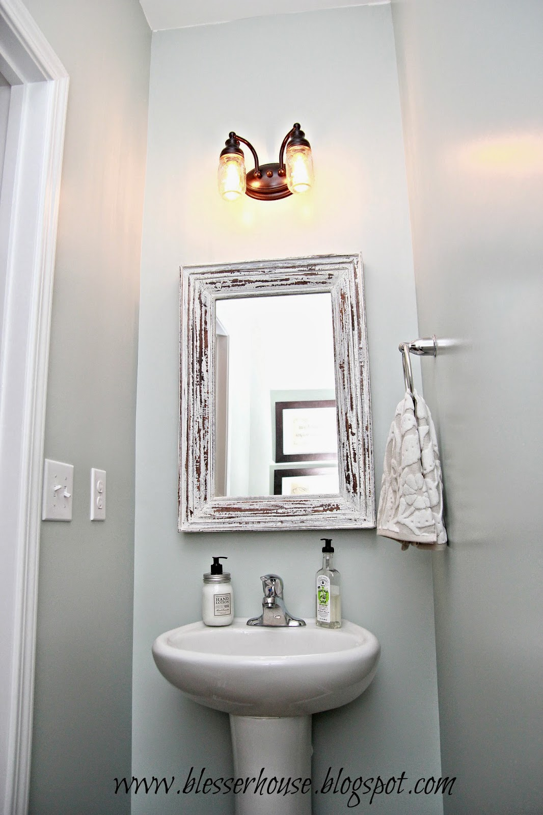 DIY Mason Jar Vanity Light - Bless\'er House