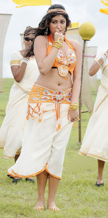 hari priya from pilla zamindar, hari priya hot images