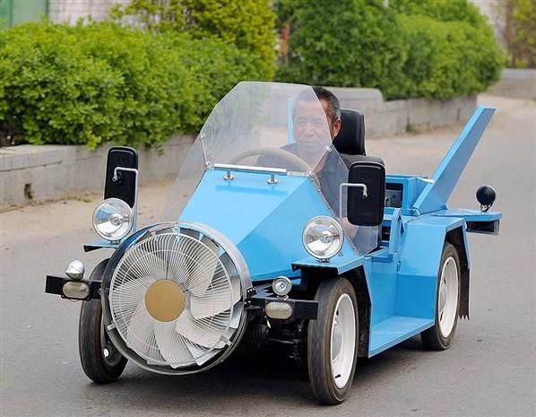 Penemuan Mobil Bertenaga Angin oleh Seorang Petani China
