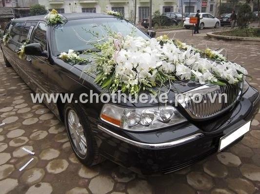 Thuê xe cưới VIP Lincol Limosin Krystar