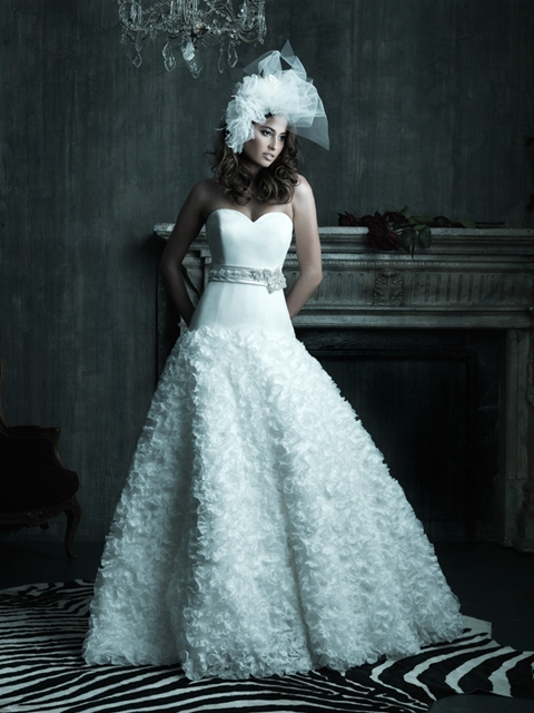 Collezione Fortuna: BRIDAL GOWNS TO FLATTER THE \