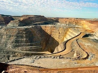 The Super Pit di Pegunungan Kalgoorlie, Australia | www.wizyuloverz.com
