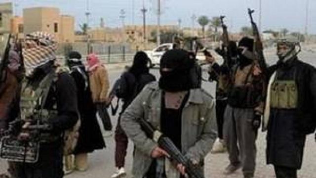 Σκοτώνονται μεταξύ τους οι χρήσιμοι ηλίθιοι  ανθρωποειδές τζιχαντιστές η αλλιώς τα αδελφάκια των κομμουνιστών στη βορειοδυτική Συρία