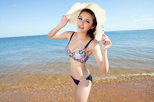Hot girl Yang Qian Qian