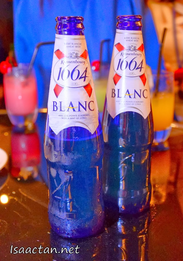 Ice Cold Blanc from Kronenbourg 1664 to have while waiting to enter the grand ballroom