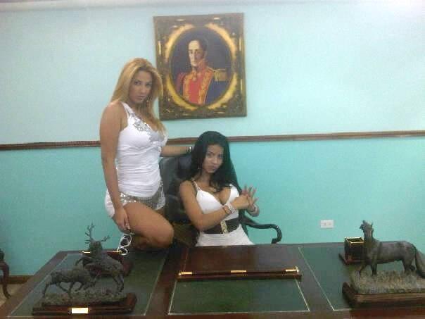 http://2.bp.blogspot.com/-8f6uBHdOZjs/UB1K2QY-pXI/AAAAAAAABHk/Fijzu-J4B2g/s1600/26.jpg