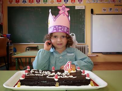 Carla cumple 4 años.