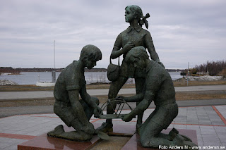 skulptur, staty, haparanda, tornio, torneå, sverige, finland, gränsen