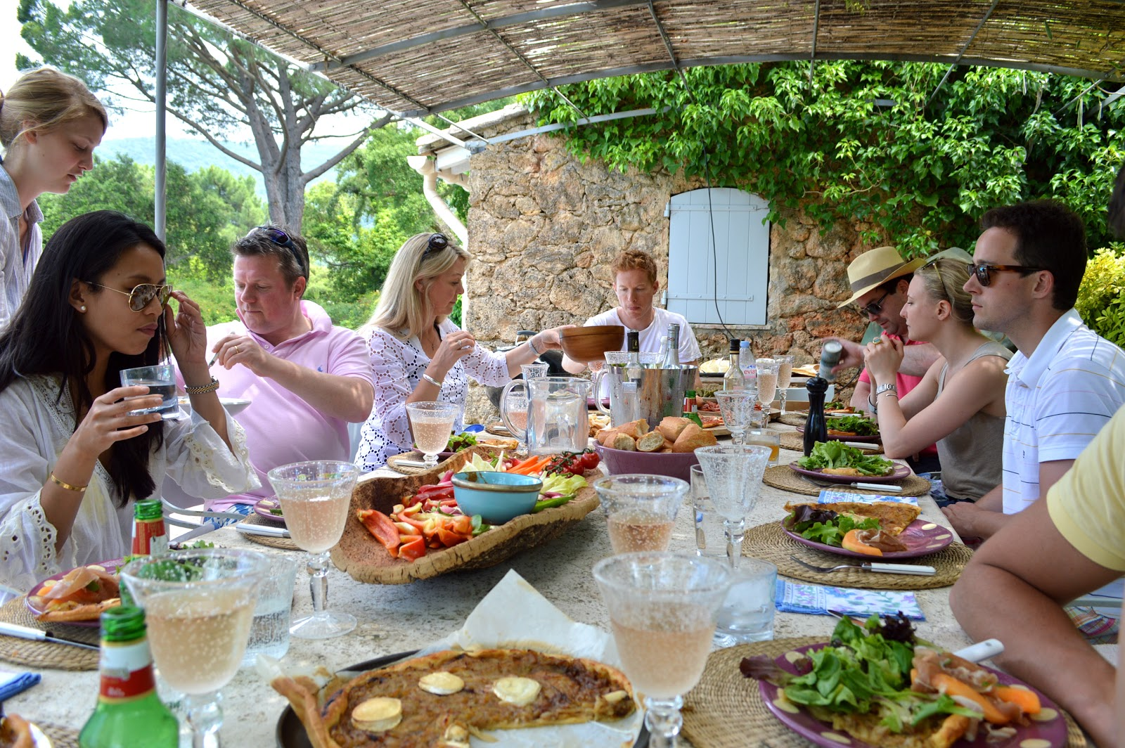 Alexandra d foster destinations perfected gassin france for Meal outdoors