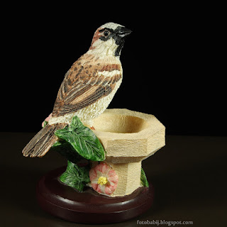 http://fotobabij.blogspot.com/2015/04/wrobel-figurka-sparrow-figurine.html