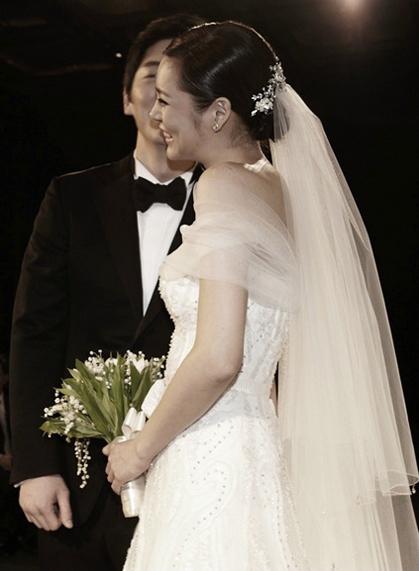 fun east wedding korean actress park si yeon�s wedding