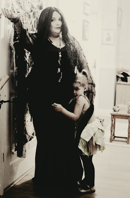 Fancy Dress, Costume, Fun Warehouse, Morticia Addams, The Addams Family