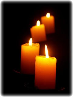 http://2.bp.blogspot.com/-8gcsFilSauI/UOtYnZGwuOI/AAAAAAAAFQU/A3LDABliRL8/s1600/Candles-candles-517642_768_1024.jpg
