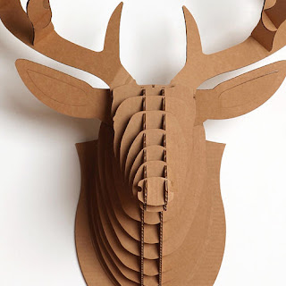 Cool spaces in donosti there is no need to kill to decorate no hace falta matar para decorar - Cabeza ciervo carton ...