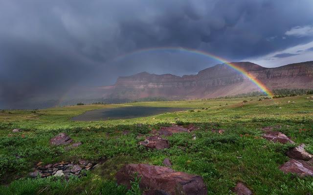 Hermosos Arcoiris en la Montaña Fondos de Pantalla de Arcoiris