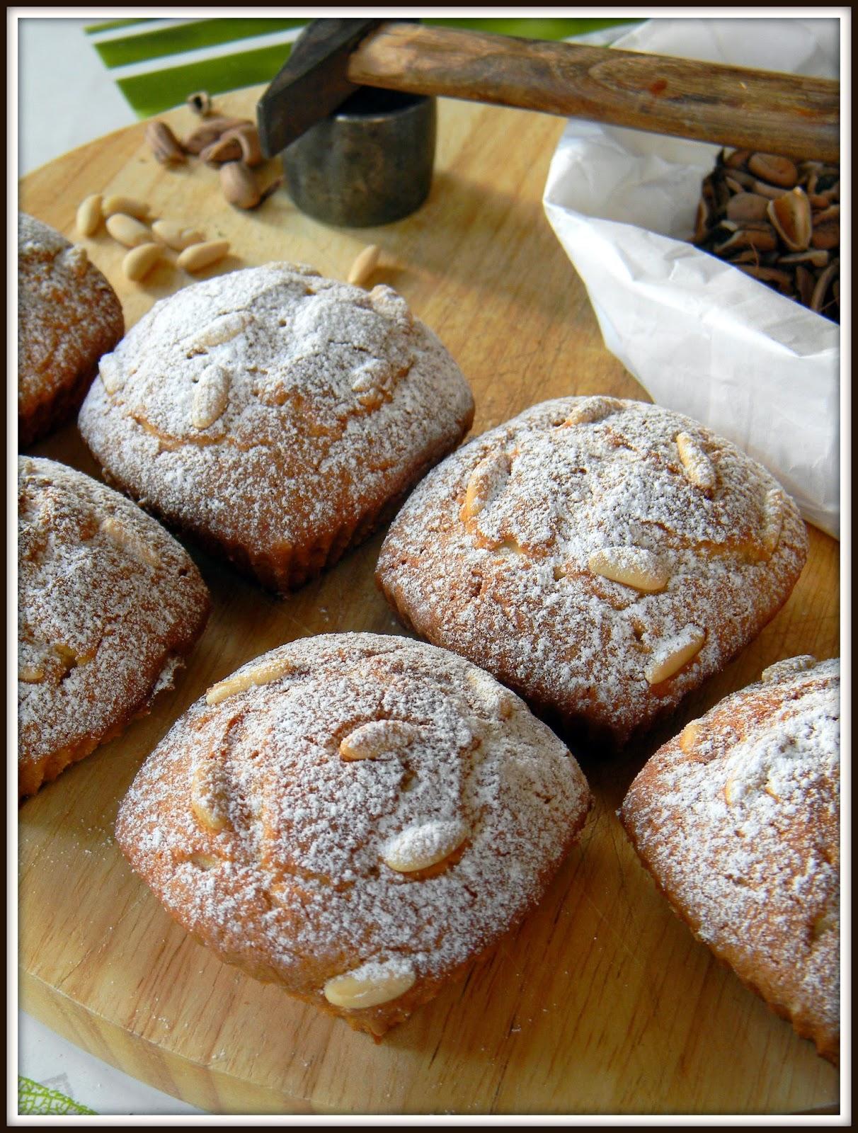 tortine ai pinoli per una colazione genuina e leggera