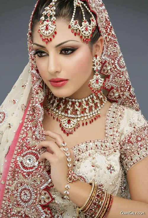 indian costume makeup. asain bridal makeup. Indian