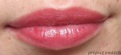 184 Rose On and On shine caresse lip swatch