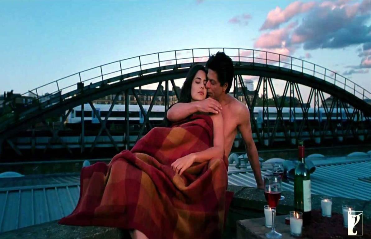http://2.bp.blogspot.com/-8hcSOLUJu2s/UHTnCfWGPQI/AAAAAAAAACA/JvU_XwE0WVs/s1600/jab-tak-hai-jaan-movie-still-super-psupero.jpg