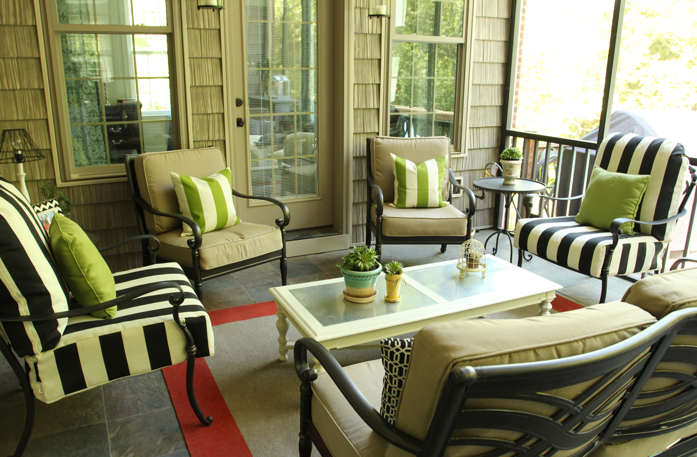 Screen porch furniture ideas joy studio design gallery for Covered deck furniture