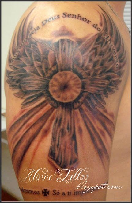 Cruz Tattoo - Alinne Tattoo Studio - Campo Grande MS