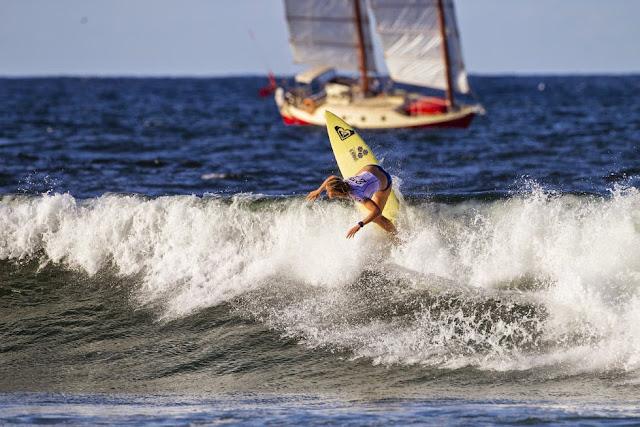 40 Roxy Pro Gold Coast 2015 Bianca Buitendag Foto WSL Kelly Cestari