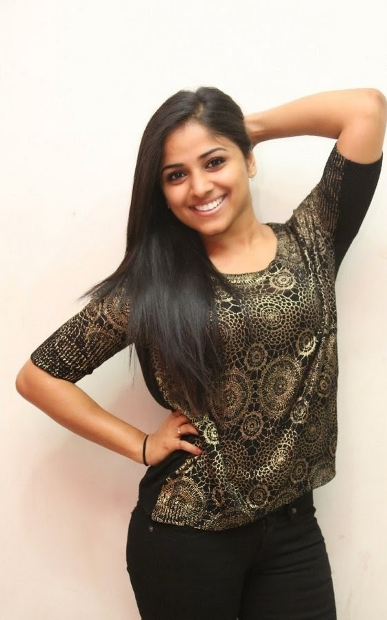 Actress Rehhana Latest Cute Hot Exclusive Beautiful Spicy Photos Gallery At Memu Saitam Dine With Stars Event