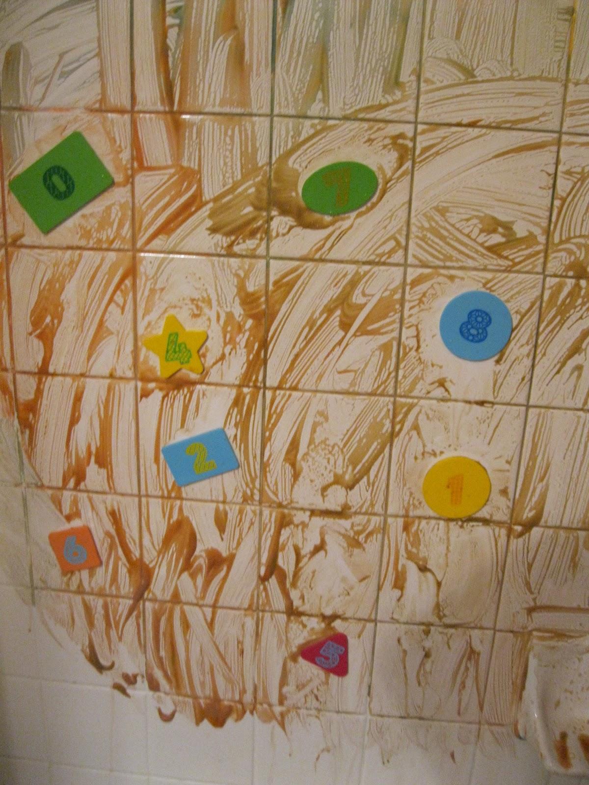 Momma\'s Fun World: Make your own bath paint with Mr. Bubbles bath foam