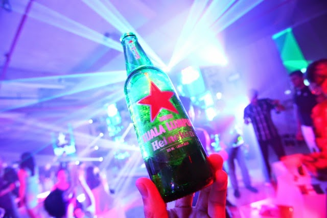 Heineken Inspires Worldly Adventures with 'Cities of the World'