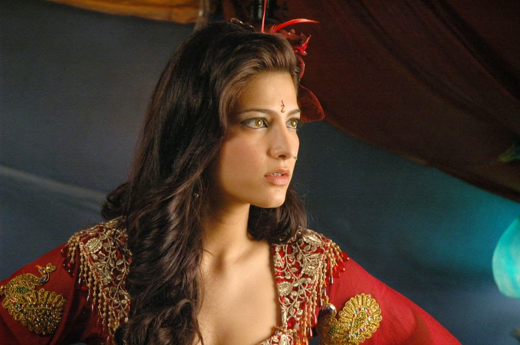 SHRUTI HASSAN_WALLSTOWN_IN_BOLLYWOOD ACTRESS