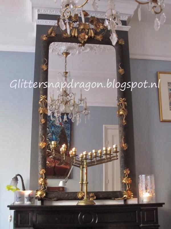 Glittersnapdragon antique mirror
