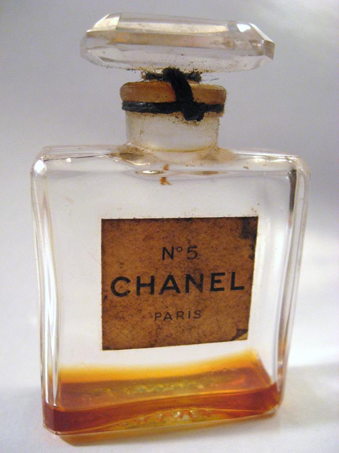 Original kleider von coco chanel