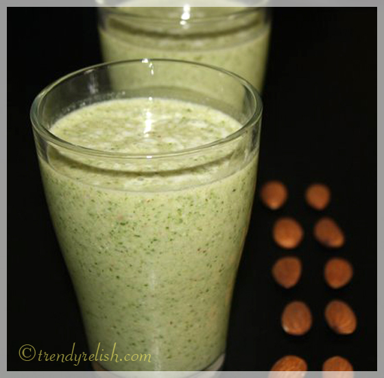 Spinach – Almond Shake