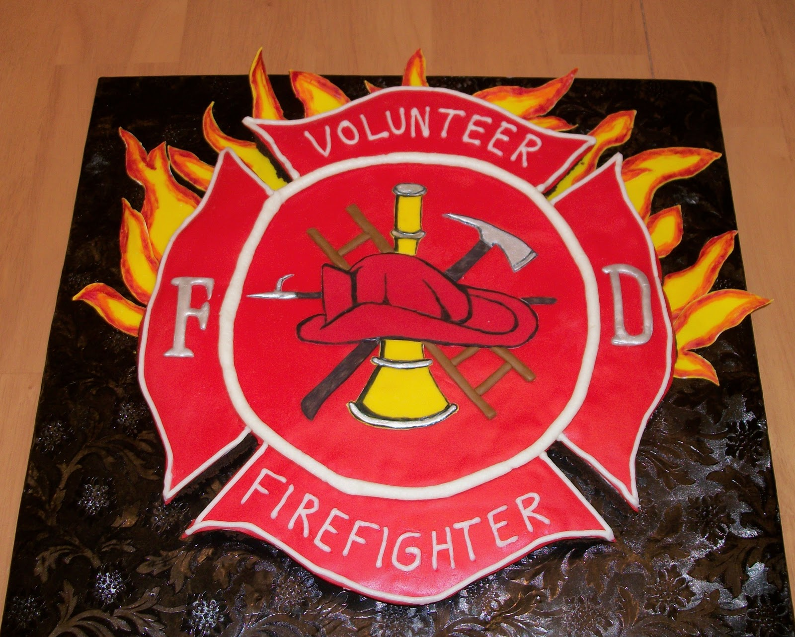 Bellissimo Specialty Cakes Quot Firefighter Cake Quot 11 11