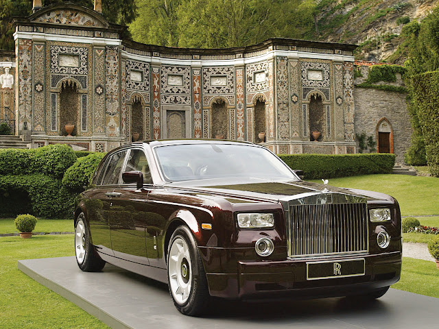 Harga Mobil Rolls-Royce Di Indonesia