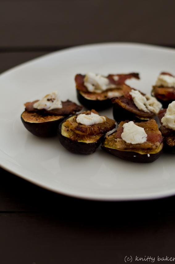 Knitty baker: Fresh Figs with Bacon and Goat Cheese