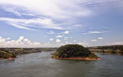 Rio Paraná - divisa Brasil Paraguai