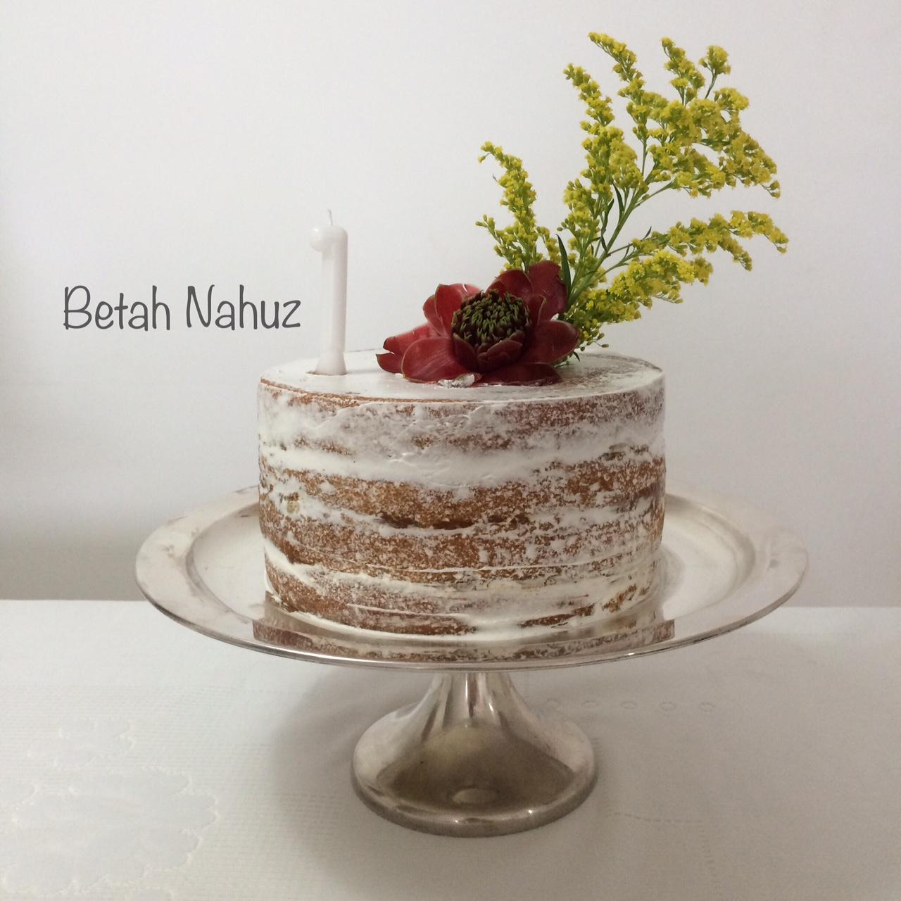 Bolo Naked Cake Dripping Cake com frutas vermelhas no Elo7