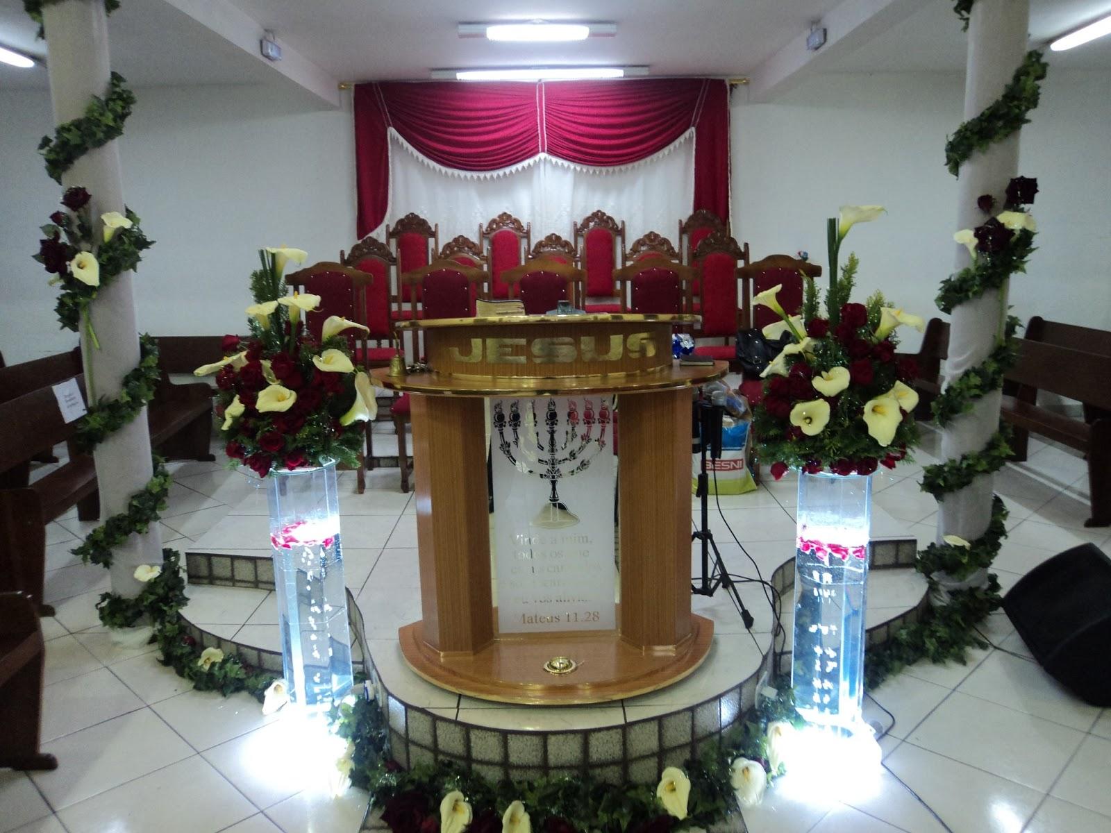Decoraç u00e3o Púlpito de Igrejas GALERIA DE FOTOS -> Como Decorar Igreja Evangelica Para Festividade