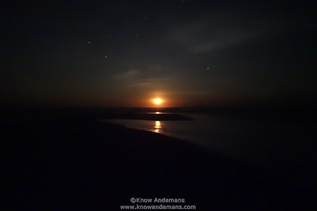 Watching Moon Rise in Andamans