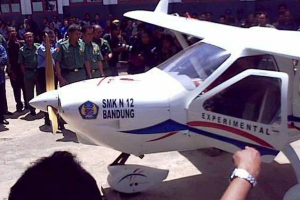 Pesawat Jabiru SMKN 12 Bandung