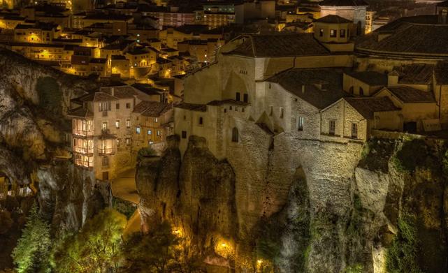 Испания,архитектура Испании,Висячие дома,Касас Кольгадас,Куэнка