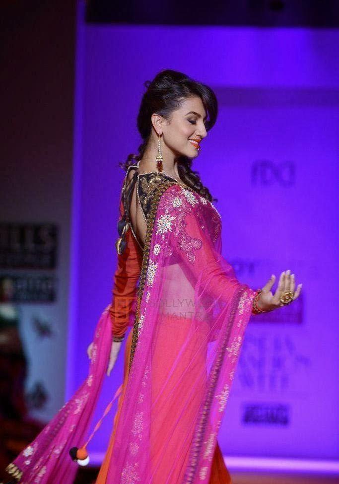 Gauhar Khan Hot Pics