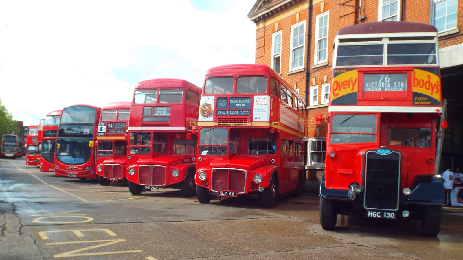 Stagecoach london catford garage tl open day the south for Garage ad buc
