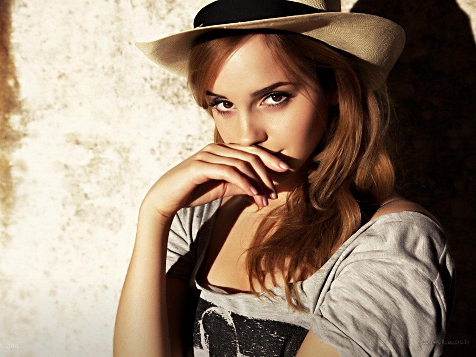 http://2.bp.blogspot.com/-8jeQjLXPLBE/TzX0ccyqKxI/AAAAAAAABSs/L9BLxrGDTK4/s1600/emma-watson+(11).jpg#Emma%20Watson%20hot%201600x1200