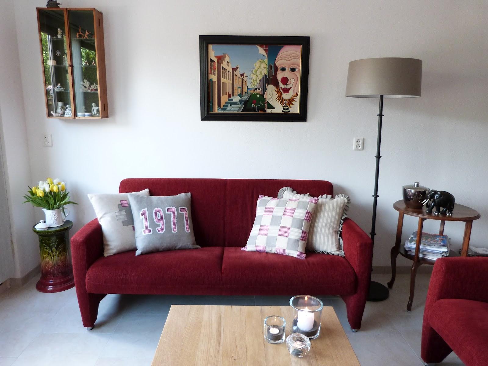 Het brocante schelpenhuisje: het resultaat: vier kussens op een ...