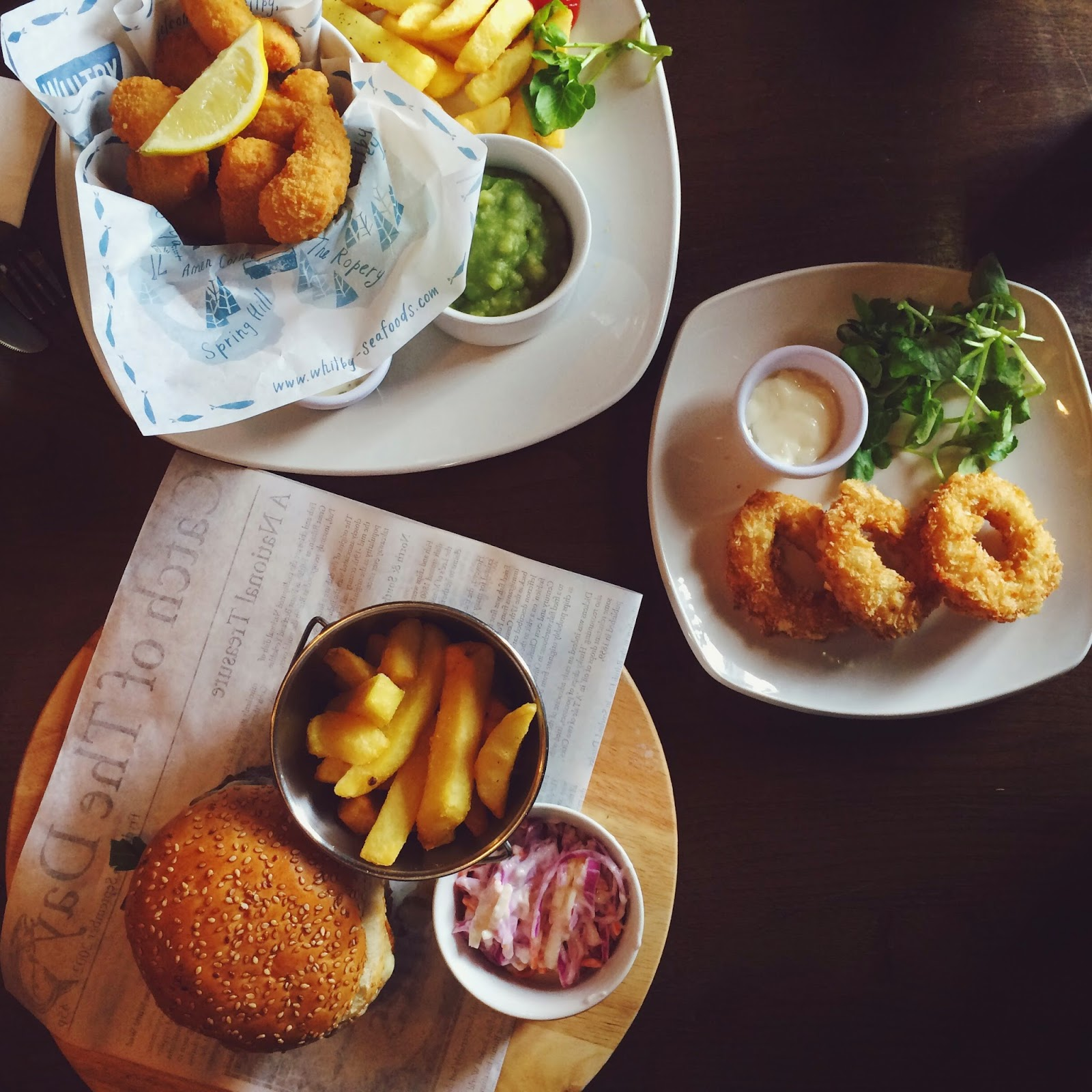 The Royal Oak in Charlton, places to eat in Hampshire, pub food, burger, food blog