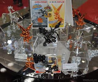 Pokemon Plamo Promotion Metallic Reshiram Zekrom Victini Bandai