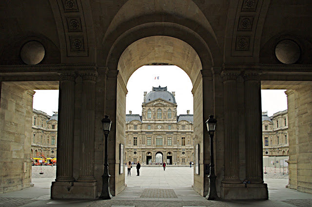 Musée du Louvre Paris images